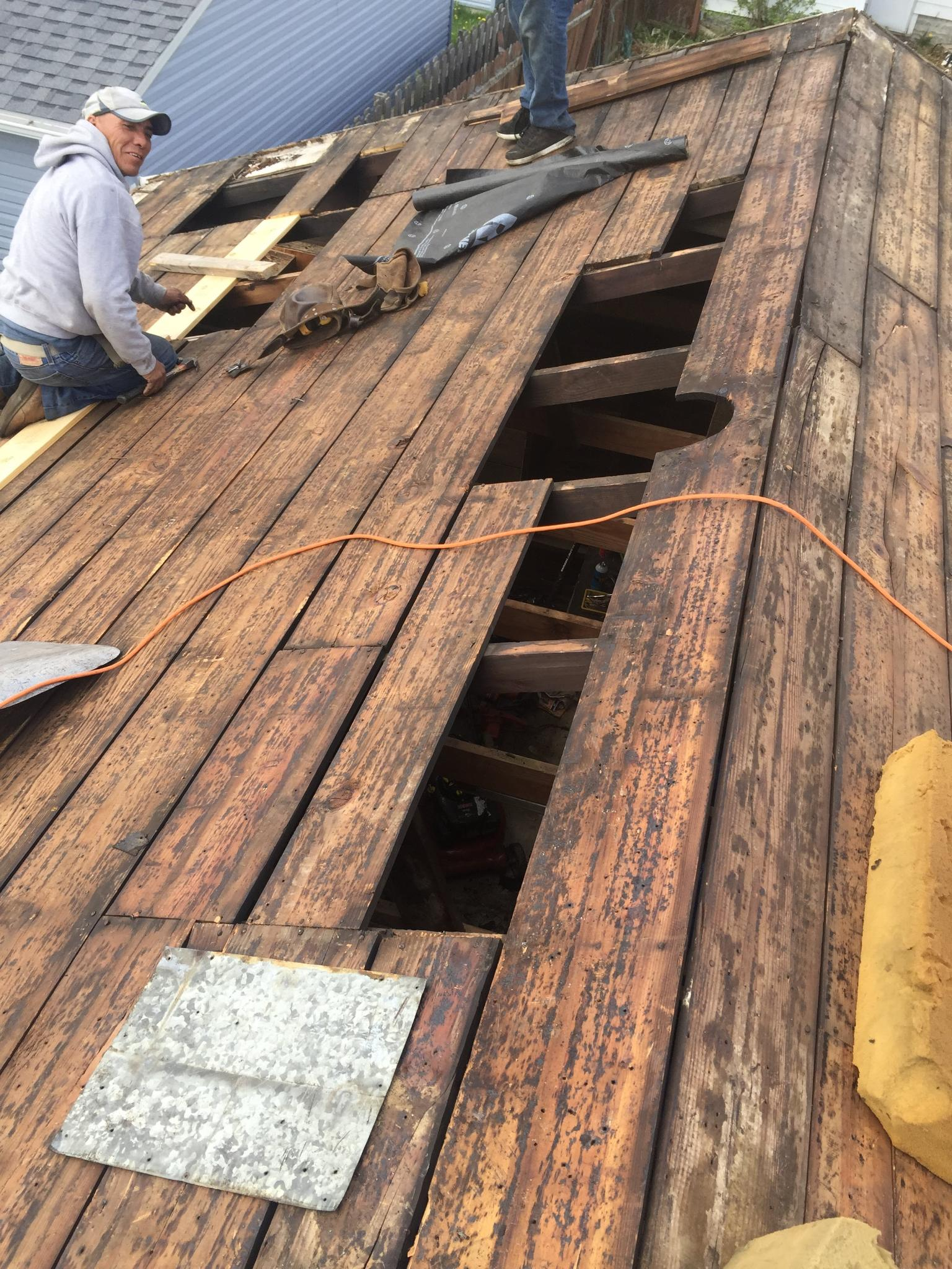 we-do-tear-offs-for-roof-replacement